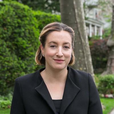 Angela Tetaud